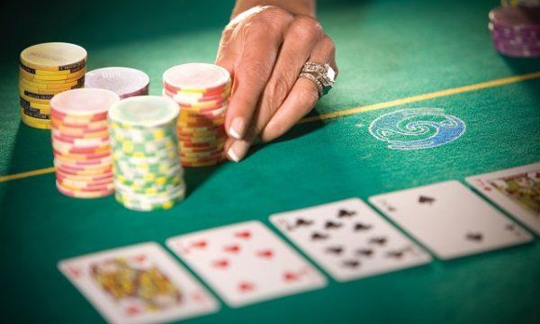 Keuntungan Pasang Jakcpot Idn Poker Online yang Jarang Diketahui