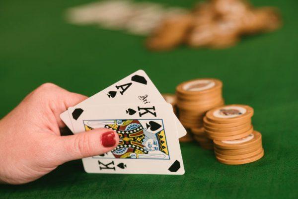 Cara Main Poker Online Bonus Deposit Pertama Untung Terus
