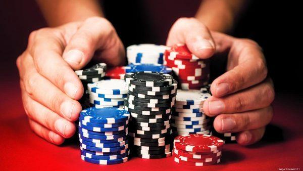 Trik dalam Mencari Idn Poker Online Apk Paling Aman